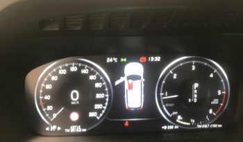 Volvo XC 90 D5 AWD 235 Momentum completo