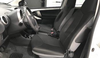 Toyota Aygo 1.0 i 70cv acabado Live completo