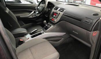 Ford Kuga 2.0 Tdi 136 CV completo