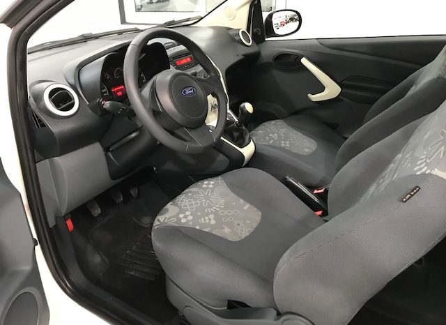 Ford KA 1.3 i 69cv año 2015 lleno