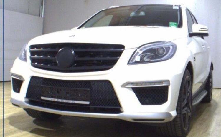 Mercedes ML 63 AMG 5.5 V8 Biturbo 525cv completo