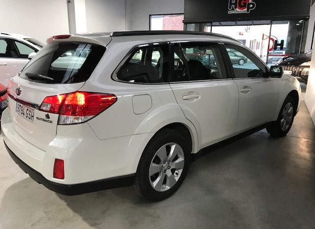 Subaru Outback 2.5 gasolina 167 CV automatico 4×4 año 2010 lleno