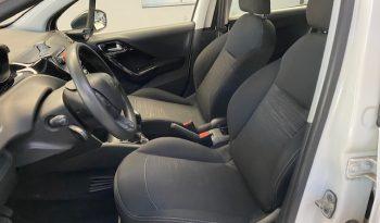 Peugeot 208 1.6 HDI 75 cv lleno
