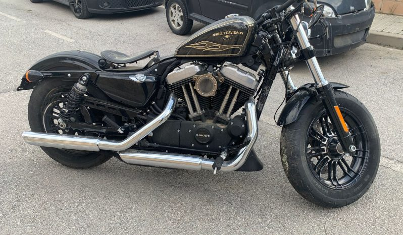 Harley Sportster 1200 lleno